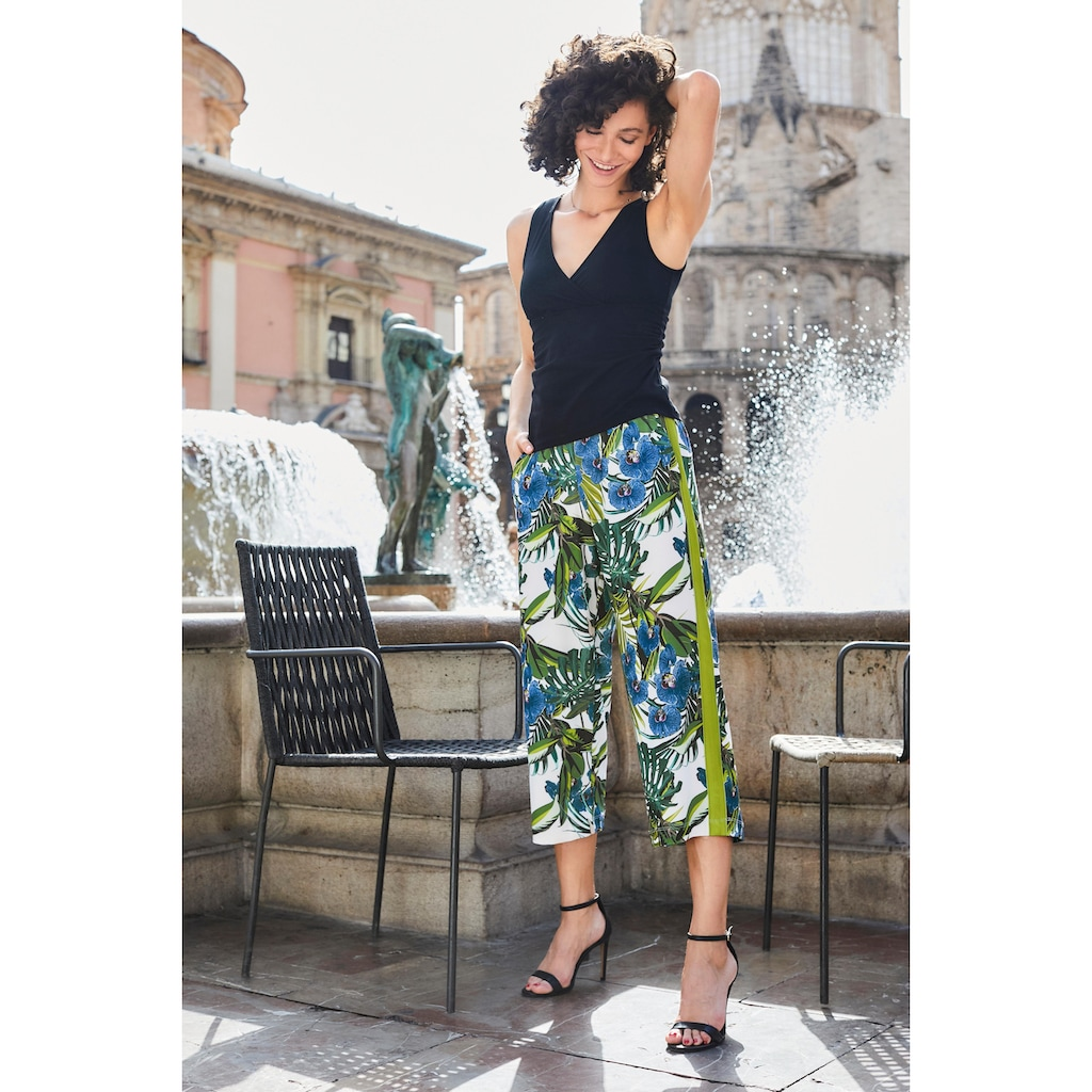 Aniston SELECTED Culotte, in modischen Prints