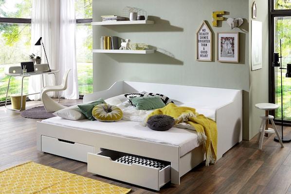 weißes Kojenbett mit Stauraum
