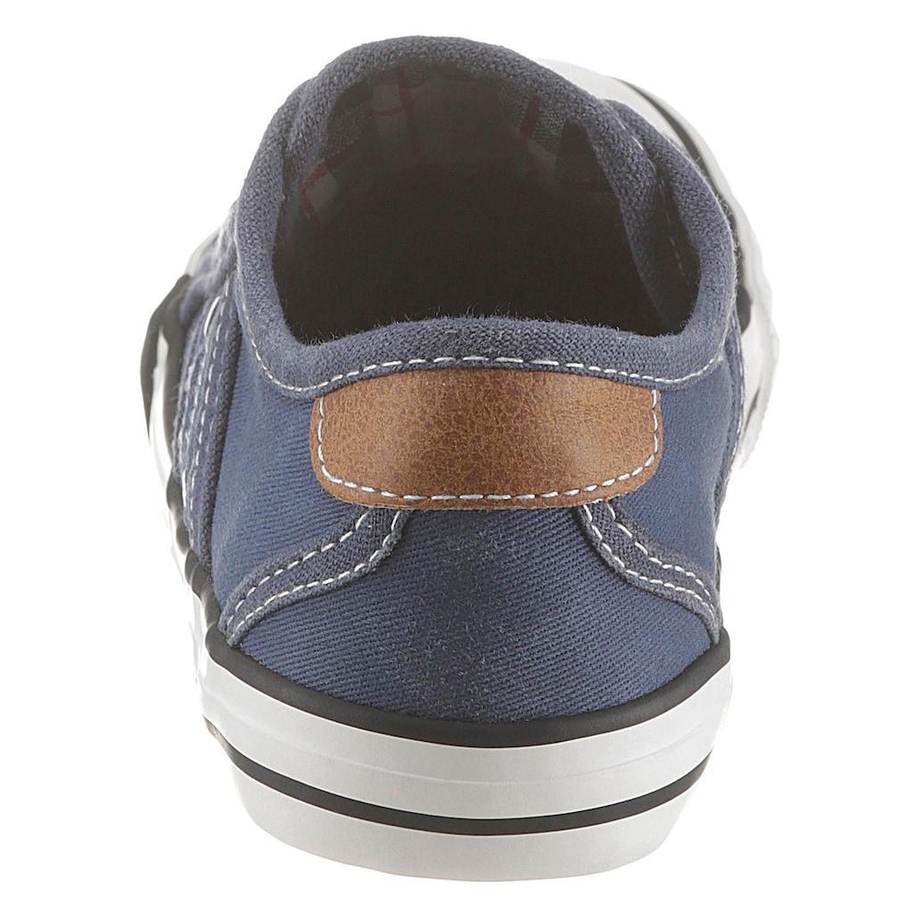 Mustang Shoes Sneaker, mit coolen Logoapplikationen