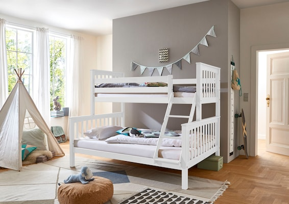 weißes Etagenbett mit unterem 140 cm großem Bett